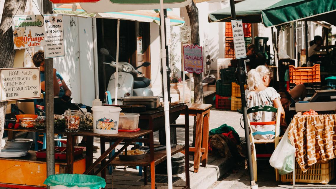 Ein Wochenmarkt in Griechenland