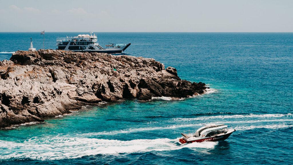 Boote vor Loutro